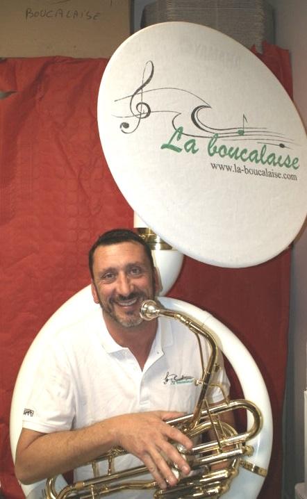 Eric soubassophone musicien fanfare la-boucalaise harmonie