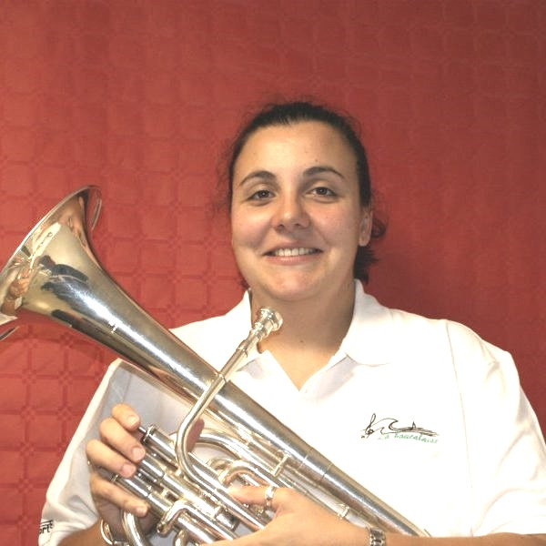 marina présidente saxhorn alto musicienne fanfare la-boucalaise harmonie musique