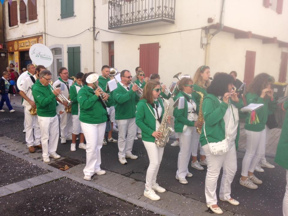 defile salies-de-bearn fanfare la-boucalaise harmonie musique banda